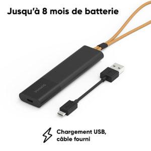 Le tracker gps moto Invoxia Roadie se charge par un câble USB classique.